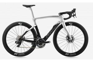 Pinarello DogMa F Disc Brake Carbon Road Bike Frame Silver With Black